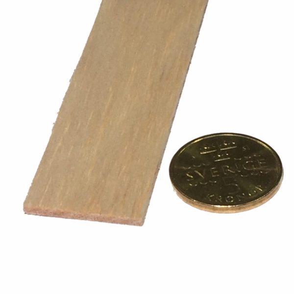 Köp Balsa trä för modelleringsprojekt 2X25X1000 MM at 19 kr | Materialbutiken