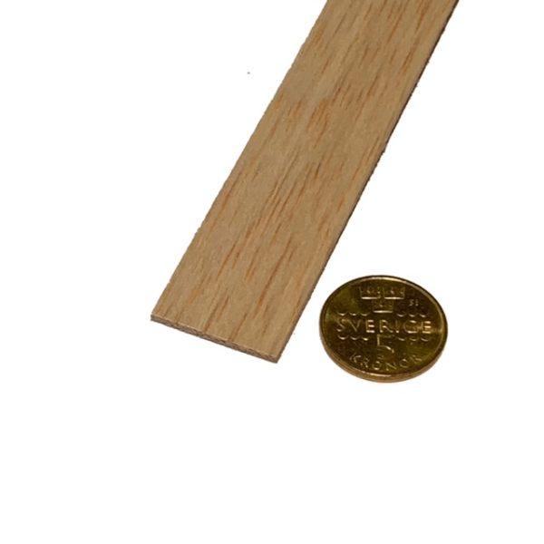 Köp Balsa trä för modelleringsprojekt 2X25X1000 MM at 9 kr | Materialbutiken