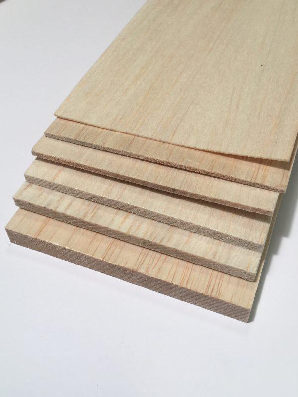 Köp Balsa trä för modelleringsprojekt 2X100X1000 MM | Materialbutiken